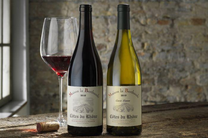Årets vinpakke 2 - med rød og hvidvin - 2 flasker