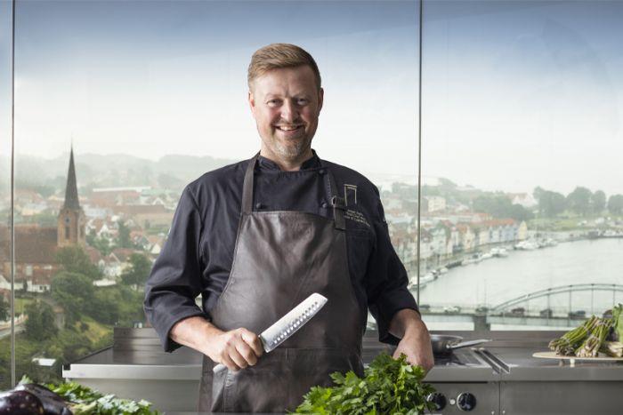 Jesper Koch forklæde fremstillet af overskudslæder