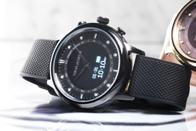 Tobias Jacobsen smartwatch - sort