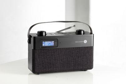Tobias Jacobsen DAB radio