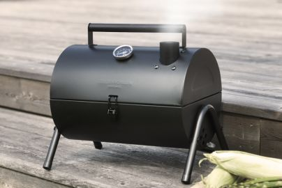 Grillin & Chillin BBQ smoker grill - sort
