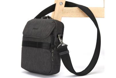 Pacsafe Metrosafe tyverisikret taske - compact crossbody - grå, 3 l