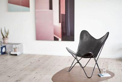 Flagermusstol i sort læder