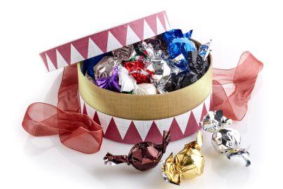 Hatteæske tromme m. chokoladekugler 300g