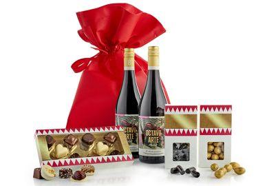 Stor gavepose med vin og lækkerier