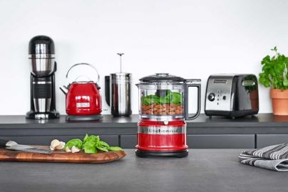KitchenAid minifoodprocessor og elkedel, rød