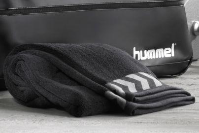 Hummel håndklæde sort 70x160