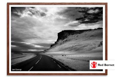 Vælg fotokunst i verdensklasse - og støt samtidig Red Barnet - Mål 50x70